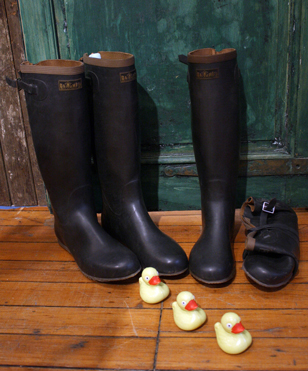 We brought these boots in after discovering them at Loopy Mango, who took this great photo.